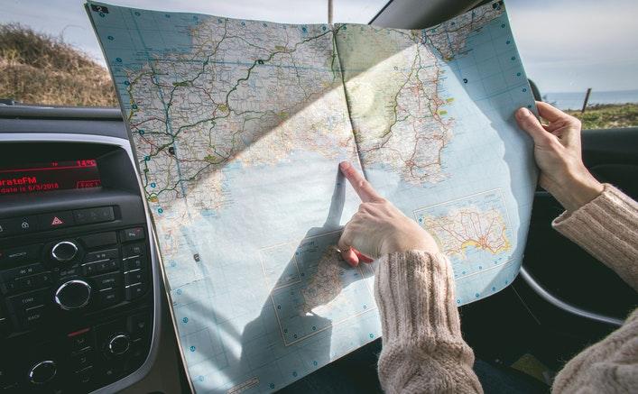 Landkort i bil